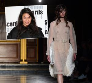 Models present creations from the Simone Rocha collection during the 2015 Spring / Summer London Fashion Week in London on September 16, 2014. AFP PHOTO / CARL COURT        (Photo credit should read CARL COURT/AFP/Getty Images)
