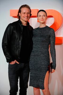 Irish actress and model Caitriona Balfe poses with British actor Sam Heughan at the world premiere of 'T2 Trainspotting' in Edinburgh. Photo: Getty Images