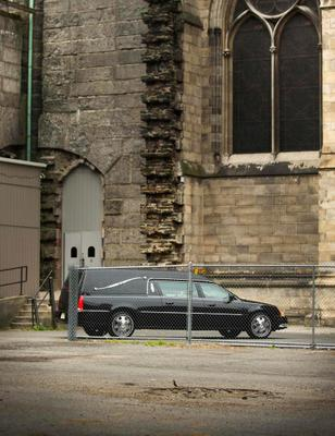 A hearse arrives outside the Cathedral Church of Saint John the Divine for the funeral services of James Gandolfini REUTERS/Lucas Jackson