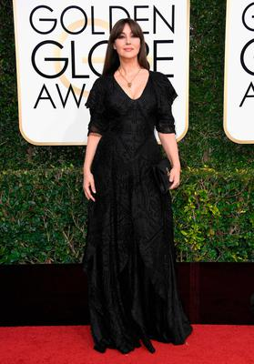 Actress Monica Bellucci attends the 74th Annual Golden Globe Awards at The Beverly Hilton Hotel on January 8, 2017 in Beverly Hills, California.  (Photo by Frazer Harrison/Getty Images)