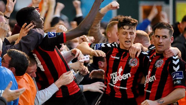 12 June 2015; Dean Kelly, right, Bohemians, celebrates after scoring his side's second goal with team-mates Ismahil Akinade, left, and Adam Evans. SSE Airtricity League Premier Division, Bohemians v Shamrock Rovers. Dalymount Park, Dublin. Picture credit: David Maher / SPORTSFILE