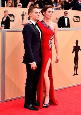 Dave Franco and Alison Brie attend the 24th Annual Screen ActorsGuild Awards at The Shrine Auditorium on January 21, 2018 in Los Angeles, California.  (Photo by Frazer Harrison/Getty Images)