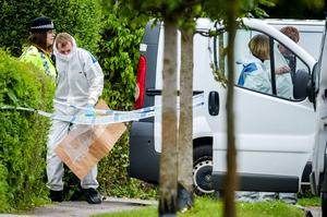 Forensic teams enter a property on Vicarage Road, Didcot, Oxfordshire, as the bodies of a 44-year-old man, a 46-year-old woman and a six-year-old girl were discovered in a house in Vicarage Road.  Ben Birchall/PA Wire