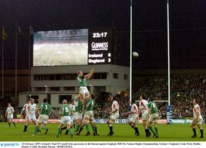 24 February 2007; Ireland's Paul O'Connell wins possession in the lineout against England. RBS Six Nations Rugby Championship, Ireland v England, Croke Park, Dublin. Picture Credit: Brendan Moran / SPORTSFILE