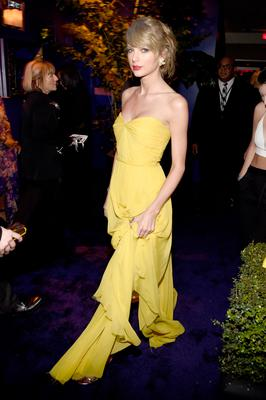 Singer Taylor Swift attends the 2015 InStyle And Warner Bros. 72nd Annual Golden Globe Awards Post-Party at The Beverly Hilton Hotel