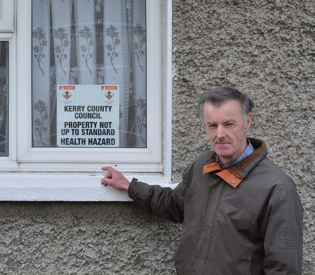 Tralee man Seán Dineen pictured outside his home in Connolly Park last Friday, almost a week after he posted a video on YouTube showing why he thinks his house is not up to standard to live in. Photo by Fergus Dennehy