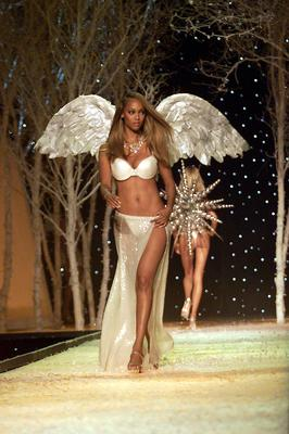 Tyra Banks on the runway at the Victoria's Secret Fashion Show 2001