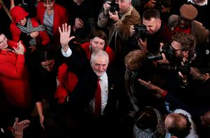 Labour leader Jeremy Corbyn waves after giving his election campaign speech on October 31, 2019 in Battersea, England. Photo by Dan Kitwood/Getty Images