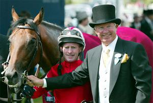 Alex Ferguson with his horse Rock of Gibraltar and jockey Mick Kinane