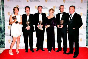 (left to right) Alex Crawford, David Rees, Nick Ludlam, presenter Angela Rippon, Thomas Moore and Jeremy Thompson with the News Coverage Award for Sky News at 5 at the House of Fraser British Academy of Television Awards at the Theatre Royal, Drury Lane in London. PRESS ASSOCIATION Photo. Picture date: Sunday May 10, 2015. See PA story SHOWBIZ Bafta. Photo credit should read: Ian West/PA Wire