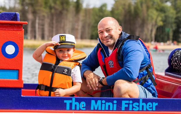 Rory Best enjoying the Mini Captains' Adventure with his son Richie (4). Photo: Naoise Culhane