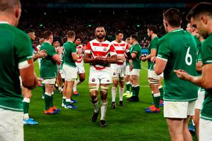 Michael Leitch of Japan walks off the pitch as he applauded by the Ireland team following the Rugby World Cup 2019 Group A game between Japan and Ireland at Shizuoka Stadium Ecopa on September 28, 2019 in Fukuroi, Shizuoka, Japan. Photo: Cameron Spencer/Getty Images