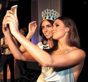 Miss Buck Whaleys Jessica Hayes from Cork  who was crowned Miss Ireland 2014 with Former Miss Ireland Rebecca Maguire