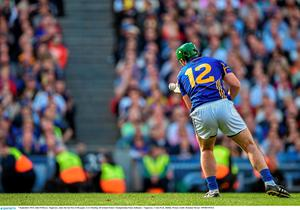 7 September 2014; John O'Dwyer, Tipperary, takes the last free of the game. GAA Hurling All Ireland Senior Championship Final, Kilkenny v Tipperary. Croke Park, Dublin. Picture credit: Brendan Moran / SPORTSFILE