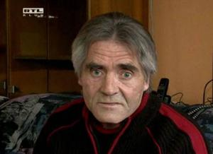 Screenshot from Hungarian TV channel RTL Klub shows homeless László Andraschek speaking about his €2m