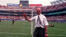 Jack Charlton waves to the crowd after qualifing for the last 16 of the 1994 World Cup