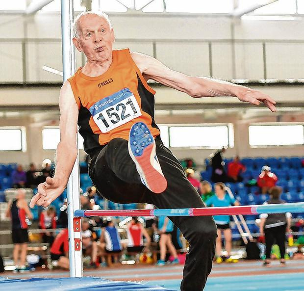 Pat Naughton takes part in the M85 High Jump at this year's National Masters Indoor Championships at Athlone. Photo: Piaras Ó Mídheach/Sportsfile