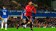 James McCarthy is all alone with his thoughts as Jesse Lingard celebrates after scoring Manchester United's second goal at Goodison Park. Photo: Getty Images