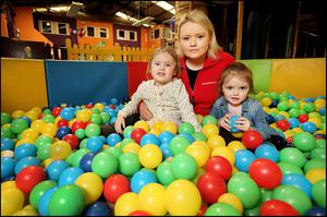 Crisis: Linda Murray with her children Elle (4) and Savannah (3) at her play centre in Navan, Co Meath Photo: Steve Humphreys