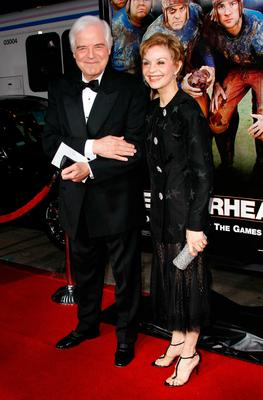 "Nick Clooney and Nina Warren arrive to the premiere of Universal Pictures' ""Leatherheads"" held at Grauman's Chinese Theatre on March 31, 2008 in Hollywood, California.  (Photo by Michael Buckner/Getty Images)"