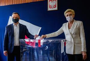 Polish President Andrzej Duda votes in Krakow in the country's delayed presidential election. Photo: Adrianna Bochenek/Agencja Gazeta/via Reuters