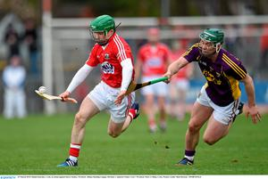 29 March 2015; Daniel Kearney, Cork, in action against Harry Kehoe, Wexford. Allianz Hurling League, Division 1, Quarter-Final, Cork v Wexford. P?irc U? Rinn, Cork. Picture credit: Matt Browne / SPORTSFILE