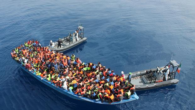 The LÉ EITHNE located and rescued a barge with approximately 310 persons on board, 40 km north of Libya