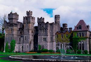 Ashford Castle is the setting for Rory and Erica's wedding. Photo: DeAgostini/Getty Images