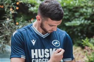 Troy Parrott has completed a loan move to Millwall