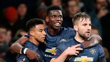 Soccer Football -  FA Cup Fourth Round - Arsenal v Manchester United - Emirates Stadium, London, Britain - January 25, 2019   Manchester United's Jesse Lingard celebrates scoring their second goal with Paul Pogba and Luke Shaw. REUTERS/Hannah McKay