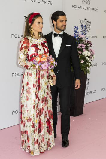 Prince Carl Philip of Sweden and Princess Sofia of Sweden pose on the red carpet during the 2019 Polar Music Prize award ceremony  on June 11, 2019 in Stockholm, Sweden. (Photo by Michael Campanella/Getty Images)