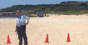 Crime scene on an Australian beach after the body of a baby was discovered by children (Photo: RenaeHenry9/Twitter)