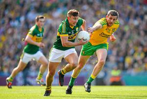 James O'Donoghue, Kerry, in action against Christy Toye, Donegal