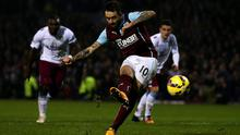 Danny Ings scores Burnley's late equalising goal from the penalty spot during their Premier League clash with Aston Villa at Turf Moor. Photo: Chris Brunskill/Getty Images