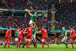 Devin Toner, Ireland, takes possession in a lineout