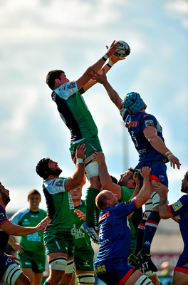 Danny Qualter, Connacht, takes the ball in the lineout against James Percival, Grenoble