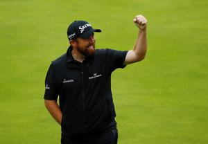 Republic of Ireland's Shane Lowry reacts on the 18th hole during the final round  REUTERS/Jason Cairnduff