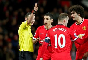 Referee Michael Oliver as he sent off Manchester United's Angel Di Maria Reuters / Andrew Yates