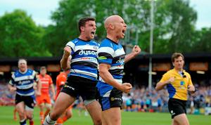 Bath Rugby's Peter Stringer (right) celebrates with team mate George Ford after he runs in to score a try during the Aviva Premiership Semi Final at the Recreation Ground