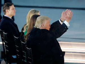 """President-elect Donald Trump claps as he listens to music at a pre-Inaugural """"Make America Great Again! Welcome Celebration"""" at the Lincoln Memorial in Washington, Thursday, Jan. 19, 2017. (AP Photo/David J. Phillip)"""