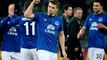 Seamus Coleman and his Everton teammates celebrate victory