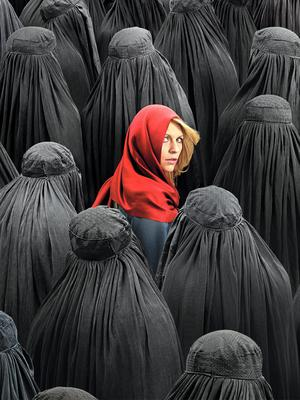 Claire Danes as Carrie Mathison in Homeland (Season 4, Episode 03)