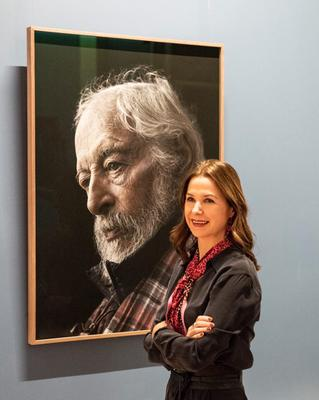 Kim Haughton with her portrait of JP Donleavy, bought by the National Gallery of Ireland