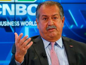 Andrew Liveris, Chairman and CEO The Dow Chemical Company attends the World Economic Forum (WEF) annual meeting in Davos, Switzerland January 17, 2017.  REUTERS/Ruben Sprich