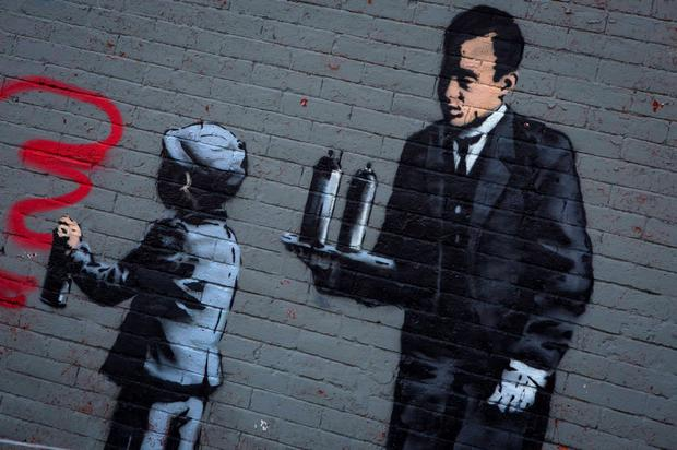 Known for his anti-authoritarian black-and-white stenciled images, which have sold at auction for upwards of $2 million, Banksy is treating New Yorkers to a daily dose of spray-painted art