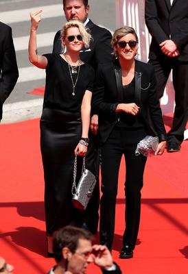 """Kristen Stewart and Alicia Cargile attend the """"American Honey"""" premiere during the 69th annual Cannes Film Festival at the Palais des Festivals on May 15, 2016 in Cannes, France.  (Photo by Andreas Rentz/Getty Images)"""