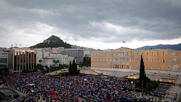 Pro-Euro protestors gather on Constitution (Syntagma) square in front of the parliament building, in Athens, Greece