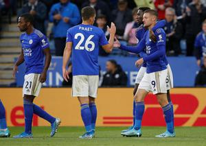 Leicester City's Jamie Vardy celebrates scoring their fourth goal with team mates in the Premier League win over Newcastle United at the King Power Stadium, Leicester. Photo: Reuters/Andrew Yates