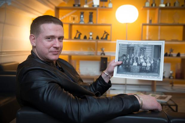 Tribute: Damien Dempsey with a picture of his aunt Jennie. Photo: Arthur Carron.
