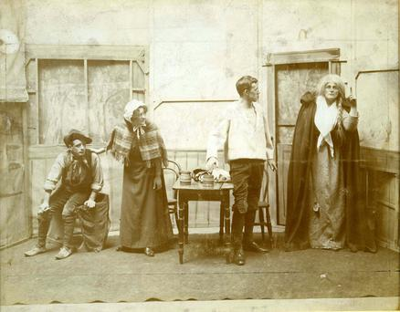 Maud Gonne (right) in the lead role of Cathleen Ni Houlihan